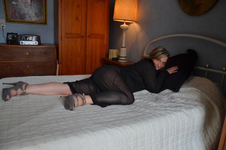 Jolie femme - Escort Saint Tropez