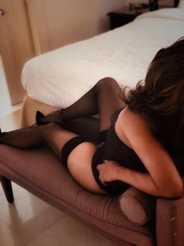 Travestie chaude et sexy - Escort Le Puy En Velay
