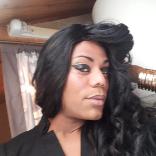 Erika loranna belle travesti metise actifi sans tabou a bry sur marne - Escort Bry sur Marne