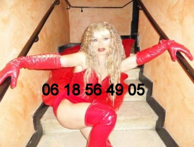 Jenny belle travesti sexy pour massage erotique coquin - Escort Toulon