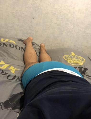 Escorte gay passif 100kg - Escort Lille