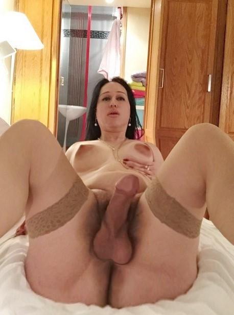 Transex gross bite poilue, 20cm pour les hommes.!!!bcp de lait pour toi.!!!