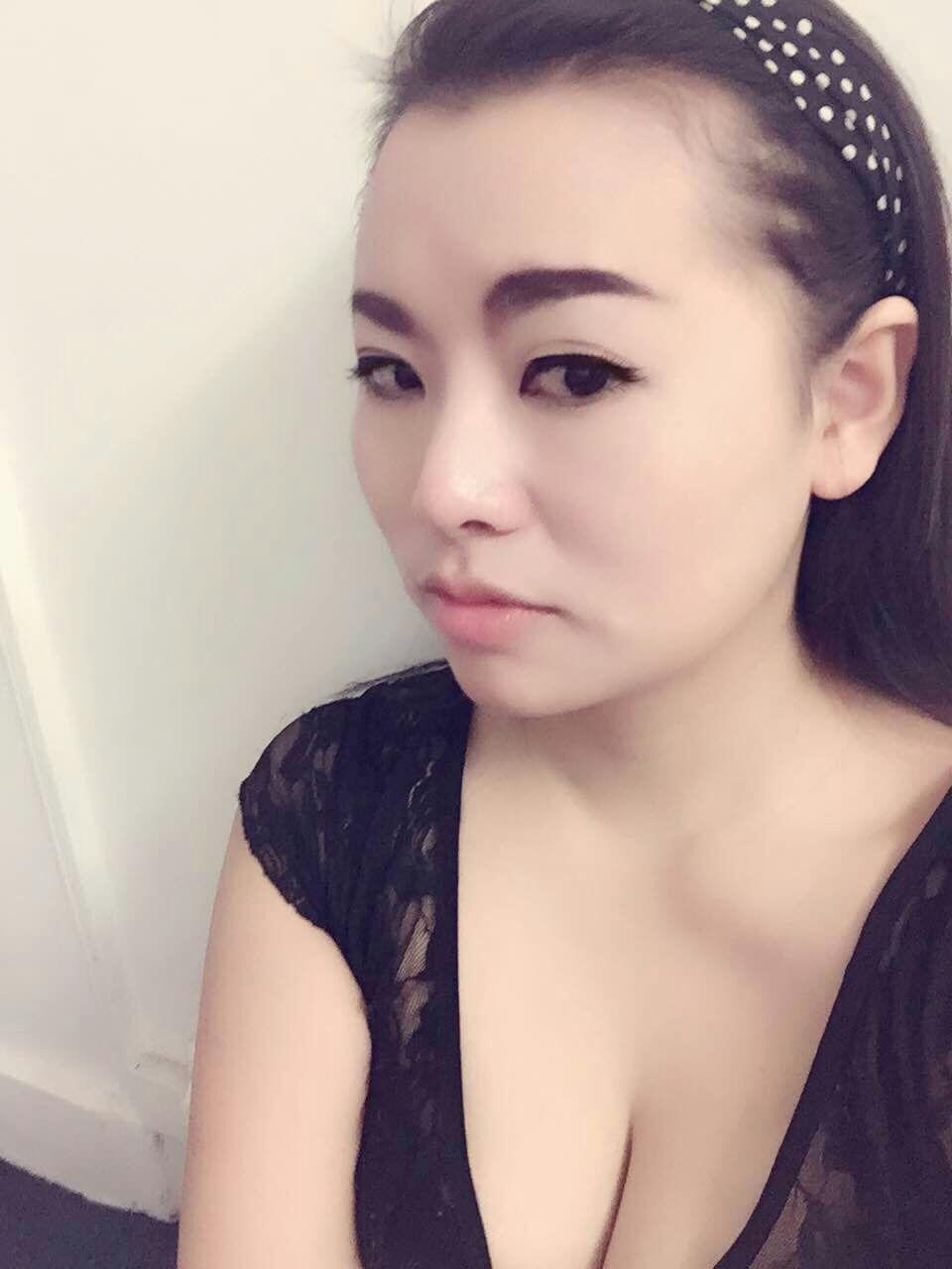 arabe gros seins escort girl asiatique paris