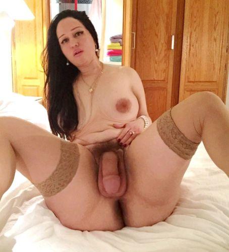 >Transex gross bite poilue, 20cm pour les hommes.!!!bcp de lait pour toi.!!!