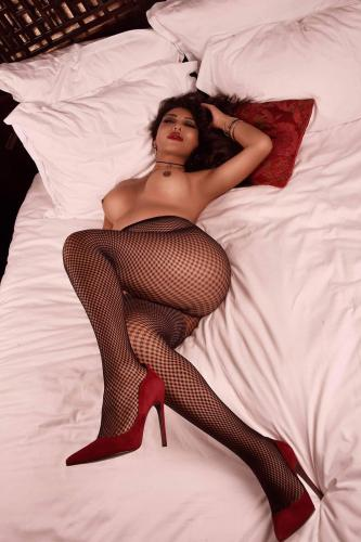 Lucia belle colombiana appartement privé à toulon placr d'armes appartement climatise - Escort Toulon
